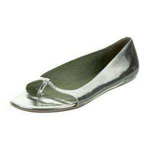 PRADA 8 Silver Thong Flats